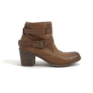 Roxy Petra Tan Ankle Boots size 10